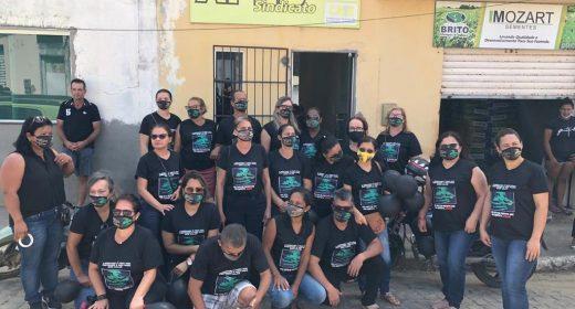 Itarantim – Gestores negam direitos e professores realizam manifestação com o apoio da APLB