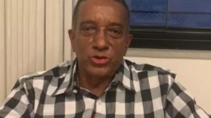 """""""Profissionais da Educação devem ser priorizados na vacinação contra a Covid-19"""", diz Rui Oliveira"""