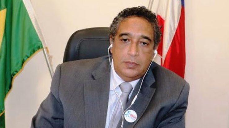 """""""Não são educadores, são criminosos"""", afirma presidente do Conselho Estadual de Educação sobre escolas em funcionamento"""